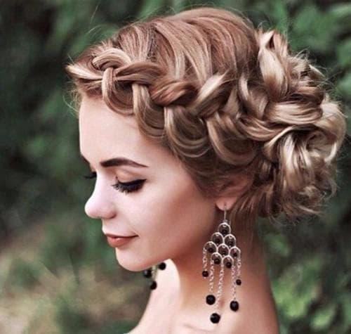 Прически на длинные волосы забранные наверх