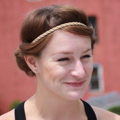 Прически с резиночками взрослые на средние волосы