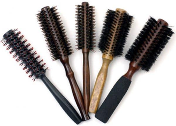 Круглая расческа для укладки волос: как выбрать и как называется