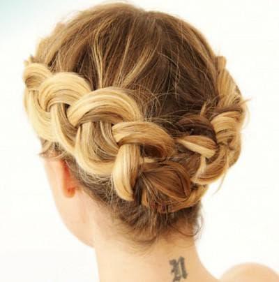 прическа колосок на короткие волосы