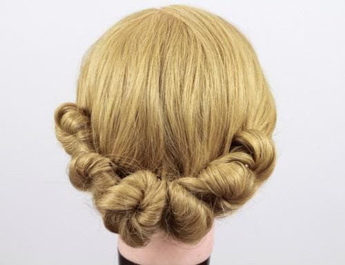 прическа греческий узел на длинные волосы