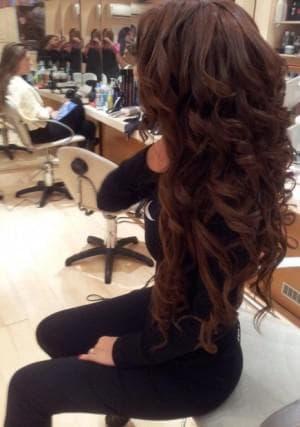 как накрутить длинные волосы утюжком
