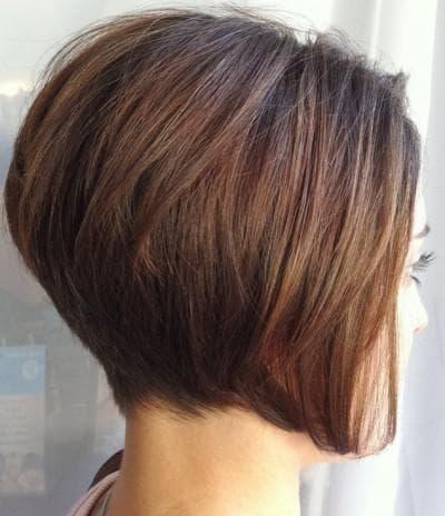 боб каре на короткие волосы со скошенным затылком
