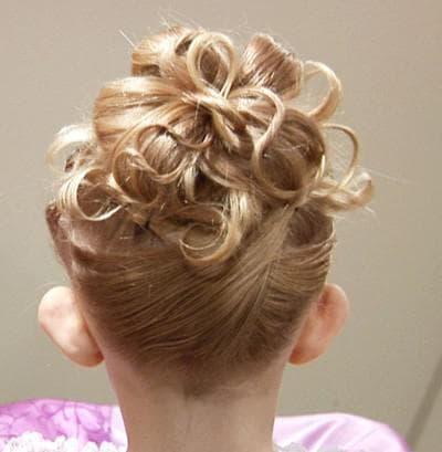 детские прически с высоким хвостом на короткие волосы