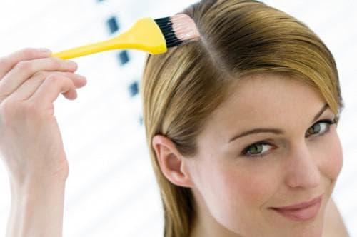 покрасить волосы у корней