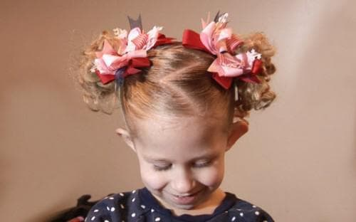 причёска два хвостика для детей