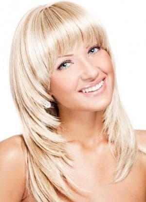лесенка стрижка на средние волосы