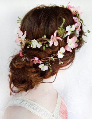 укладка Эко-стиль на длинные волосы