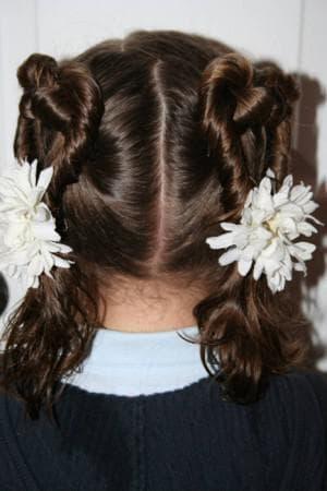причёска два сердечка для девочки