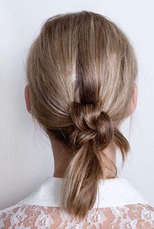 хвост-узел на средние волосы для девочки