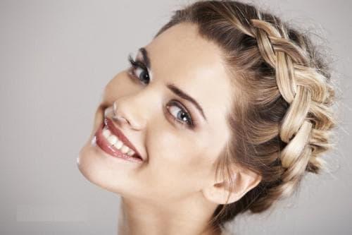 круговая французская коса для старшеклассниц