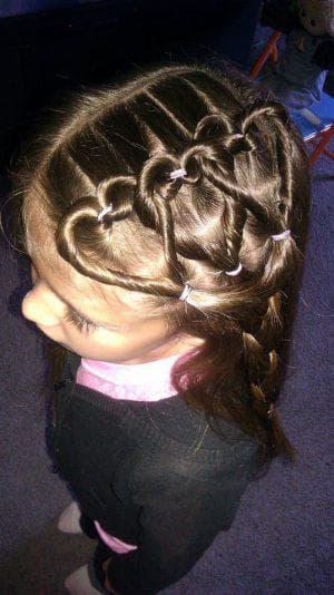 косички сердечко для девочек на средние волосы