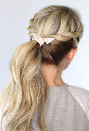 хвост с жгутами на средние волосы для подростков