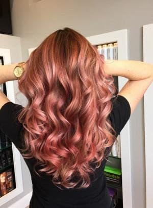 розовый золотой цвет волос