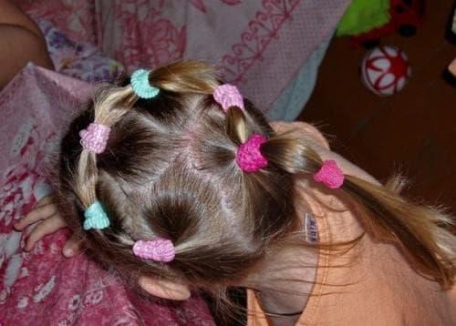 причёска хвостик венок для девочки