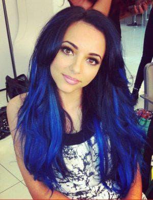 синие волосы для серых глаз