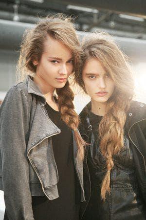 модный причёска на длинные волосы для девочки