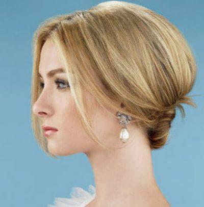 как красиво собрать волосы на короткие прямые волосы