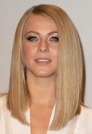 асимметричные укладки на длинные волосы без чёлки