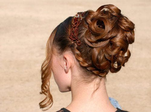греческая укладка на длинные волосы для подростков