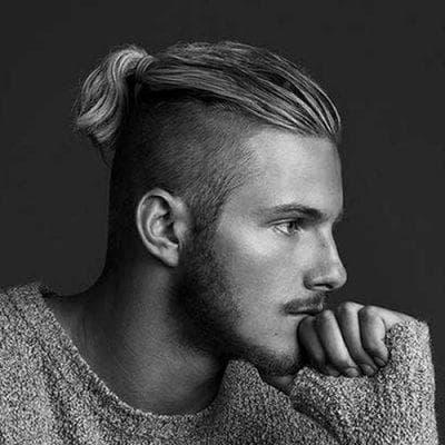 мужские длинные волосы с выбритыми висками