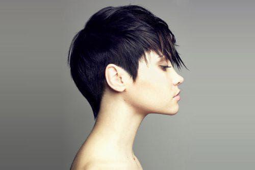 короткий гарсон на густые волосы