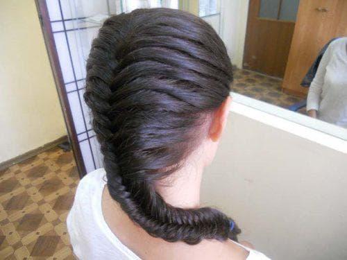 плетение закрученный хвост на длинные волосы для детей