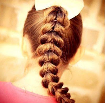 французская коса из хвостиков с резинками