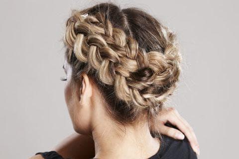 плетение около головы на длинные волосы для детей