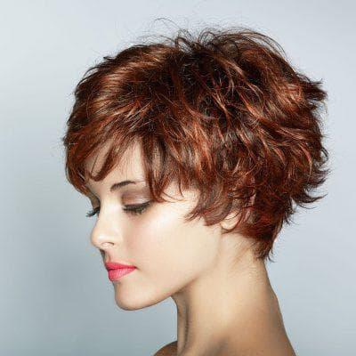 классический боб на вьющиеся волосы