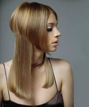 боб-каре в сочетании с удлиненными прядями вьющиеся волосы