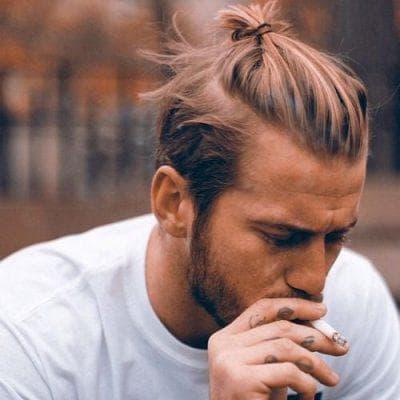 мужская причёска с хвостом