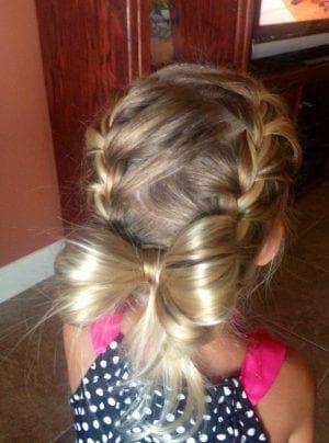 прическа бантик из кос для девочки
