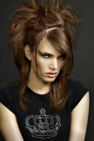 глэм-рок на средние женские волосы
