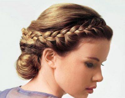 причёска в греческом стиле в школу