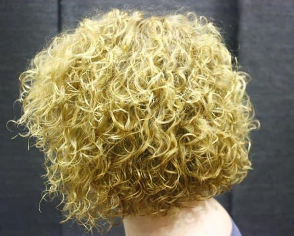 биологическая мокрая химия на средние волосы