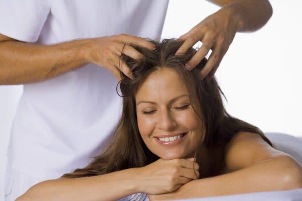 массаж волос головы